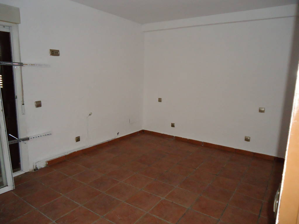 Piso en venta en Piso en Móstoles, Madrid, 155.000 €, 3 habitaciones, 2 baños, 111 m2
