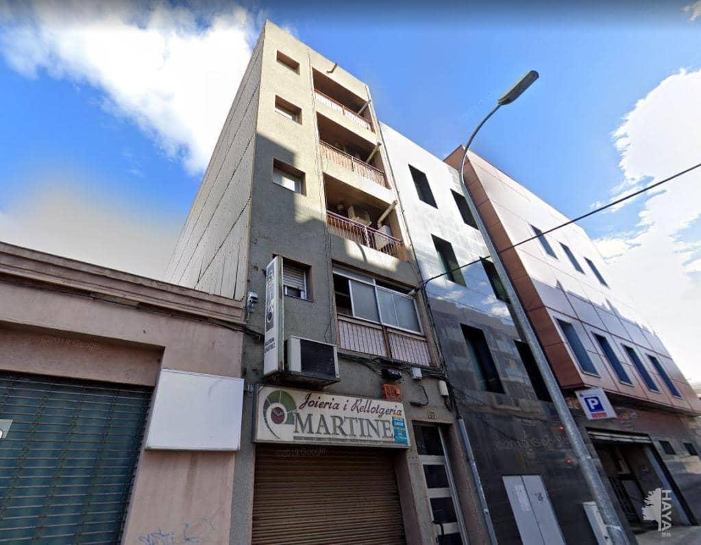 Piso en venta en Cementiri Vell, Terrassa, Barcelona, Calle Carrera Montcada, 111.500 €, 3 habitaciones, 1 baño, 94 m2