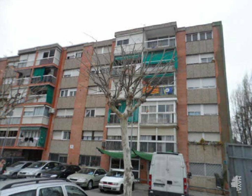 Piso en venta en La Florida, Santa Perpètua de Mogoda, Barcelona, Calle Ramon Dabadal, 90.100 €, 3 habitaciones, 1 baño, 65 m2