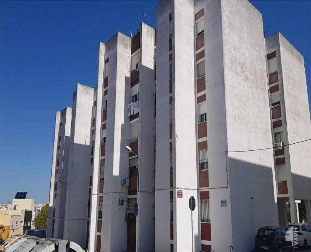 Piso en venta en Chiclana de la Frontera, Cádiz, Calle Pilar, 60.700 €, 3 habitaciones, 1 baño, 87 m2
