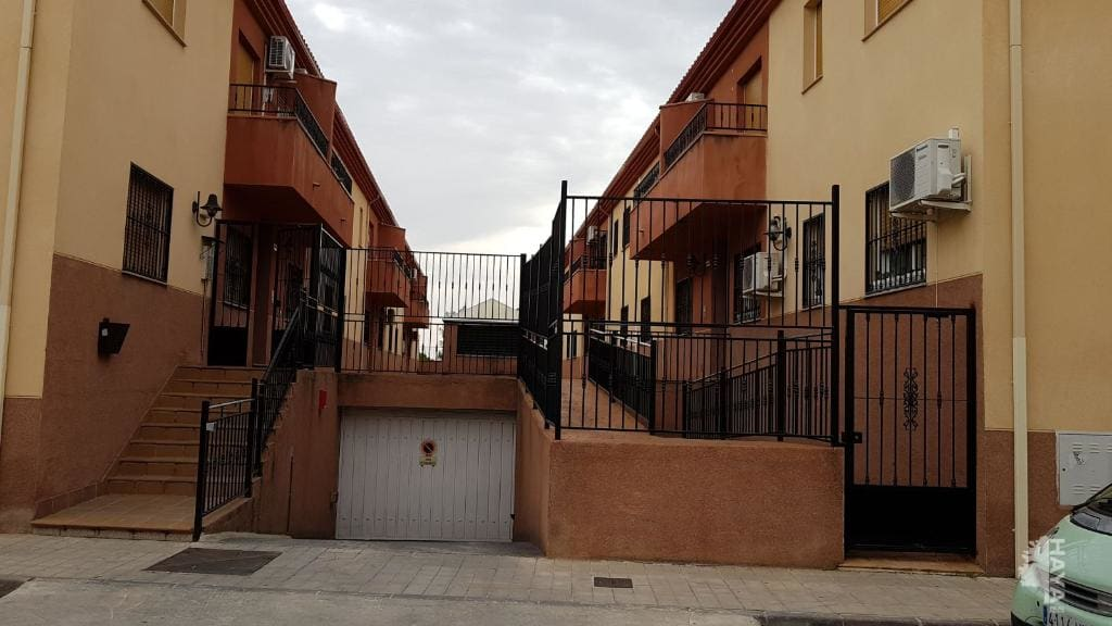 Piso en venta en Cijuela, Cijuela, Granada, Calle Azorin, 54.000 €, 2 habitaciones, 1 baño, 117 m2