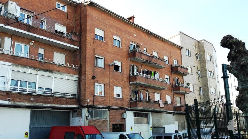 Piso en venta en La Llama, Torrelavega, Cantabria, Calle Santa Teresa de Jesus, 50.700 €, 3 habitaciones, 1 baño, 61 m2