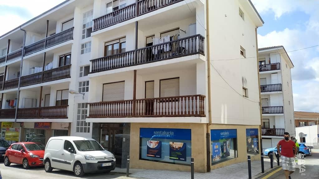Piso en venta en San Vicente de la Barquera, San Vicente de la Barquera, Cantabria, Calle Mata Linares, 111.900 €, 3 habitaciones, 1 baño, 91 m2