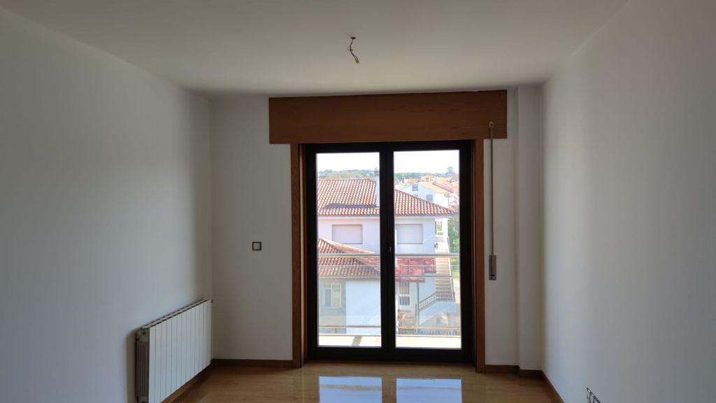 Piso en venta en Piso en Lalín, Pontevedra, 63.000 €, 2 habitaciones, 2 baños, 91 m2