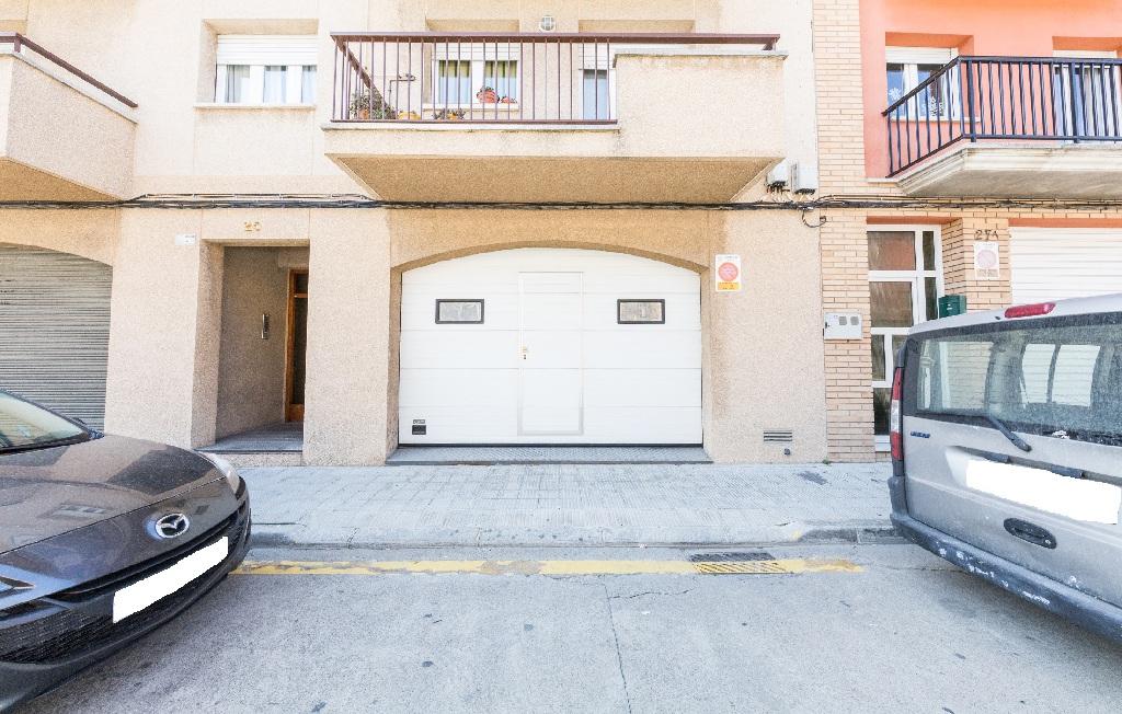 Parking en venta en Parking en Manlleu, Barcelona, 4.000 €, 33 m2