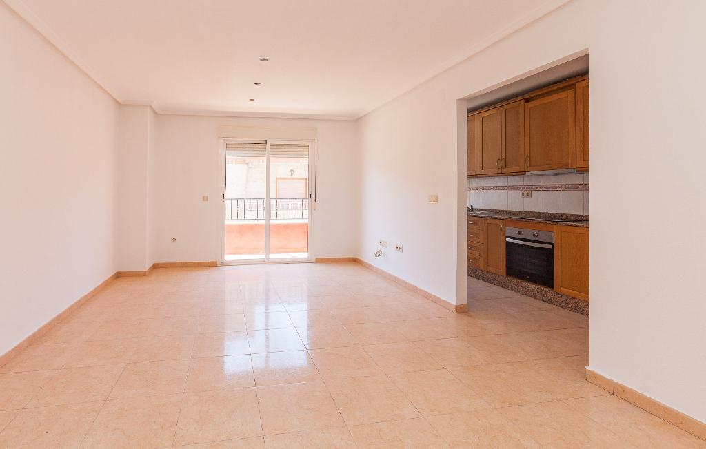 Piso en venta en Almoradí, Alicante, Calle San Emigdio, 68.500 €, 3 habitaciones, 2 baños, 108 m2