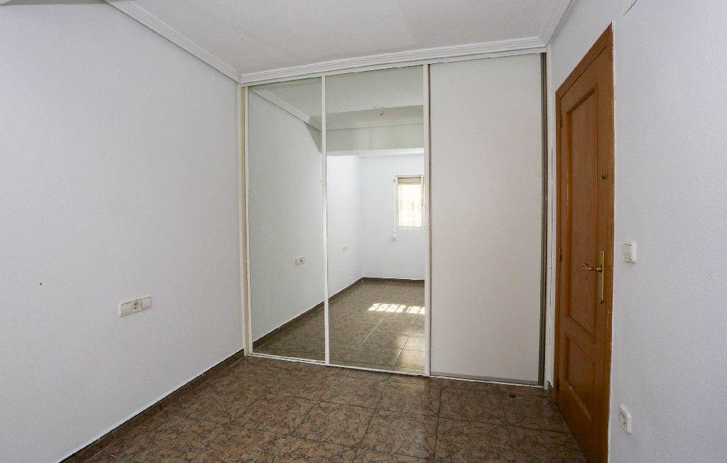 Piso en venta en Piso en Sant Joan D`alacant, Alicante, 93.000 €, 3 habitaciones, 1 baño, 90 m2