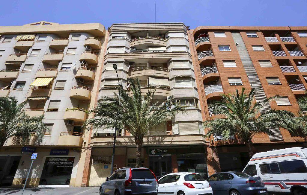 Piso en venta en Gandia, Valencia, Avenida de la República Argentina, 91.000 €, 3 habitaciones, 2 baños, 98 m2