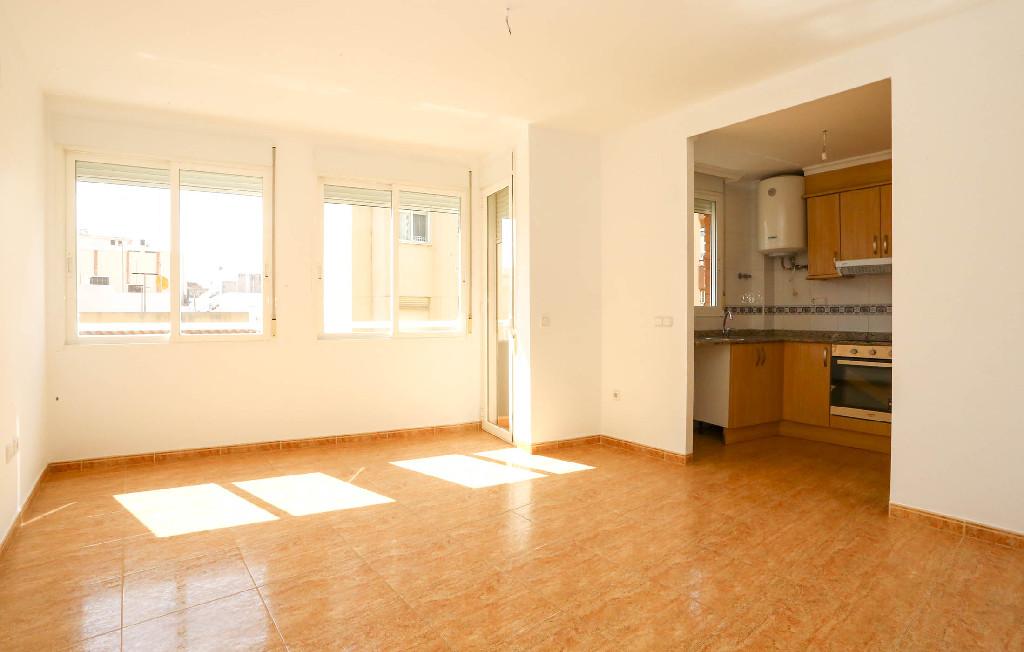 Piso en venta en Benicarló, Castellón, Calle Navarra, 54.000 €, 2 habitaciones, 1 baño, 63 m2