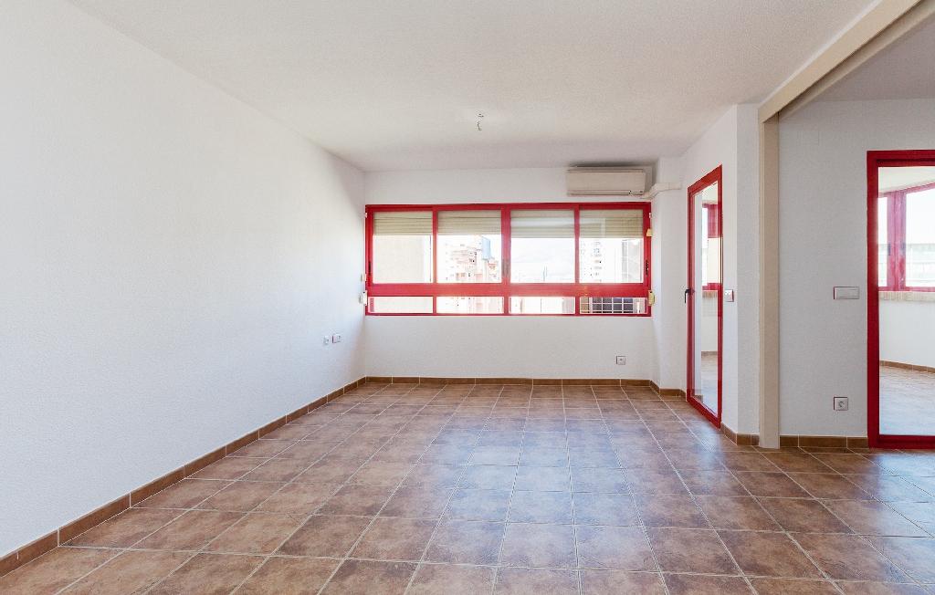 Piso en venta en El Racó de L`oix - El Rincón de Loix, Benidorm, Alicante, Calle Viena, 130.500 €, 1 habitación, 1 baño, 89 m2