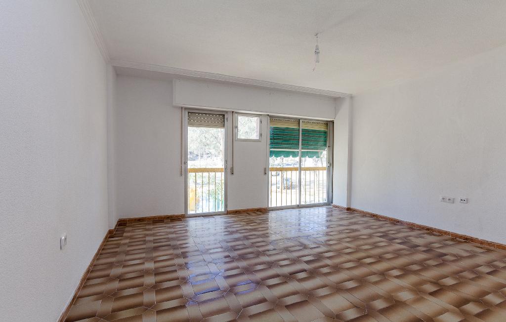 Piso en venta en Piso en Lorca, Murcia, 80.000 €, 4 habitaciones, 2 baños, 107 m2