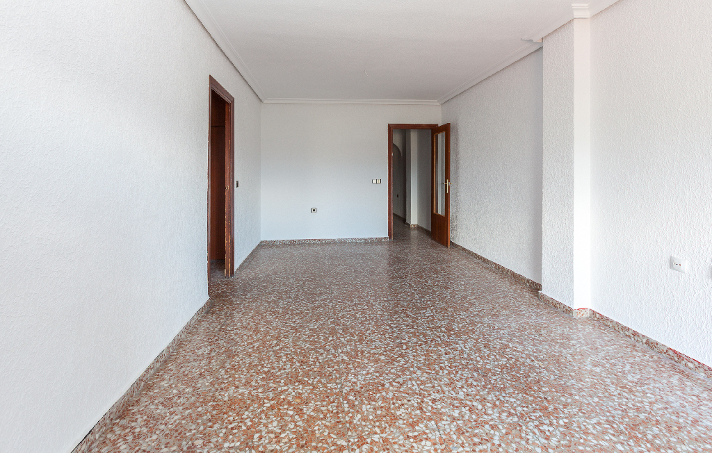 Piso en venta en Piso en Molina de Segura, Murcia, 50.000 €, 3 habitaciones, 1 baño, 81 m2