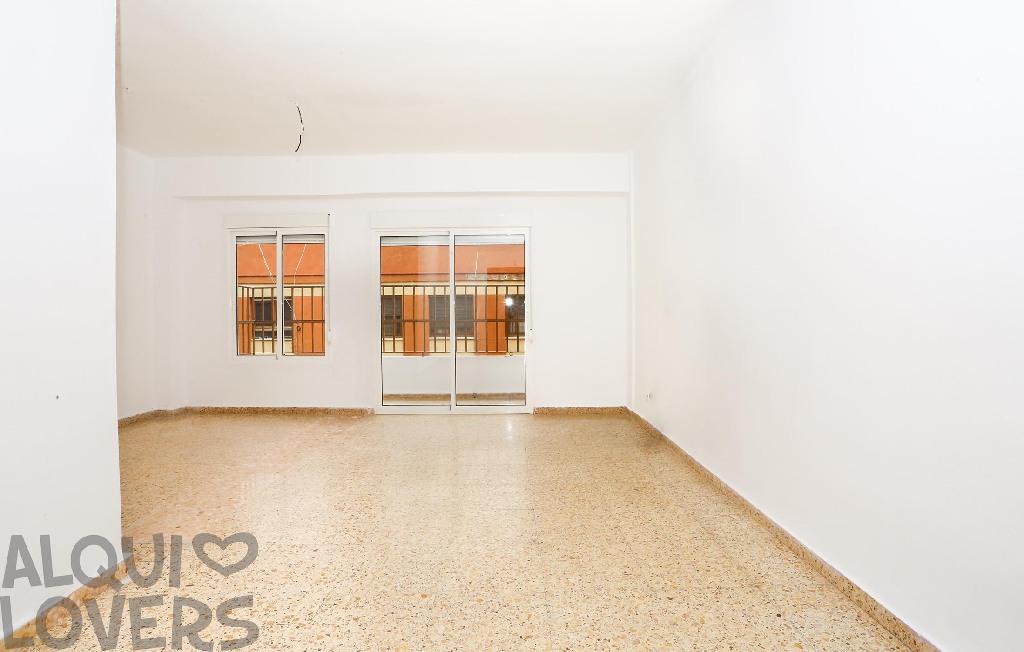 Piso en venta en Monteblanco, Onda, Castellón, Calle Maria Cases, 55.000 €, 4 habitaciones, 1 baño, 101 m2