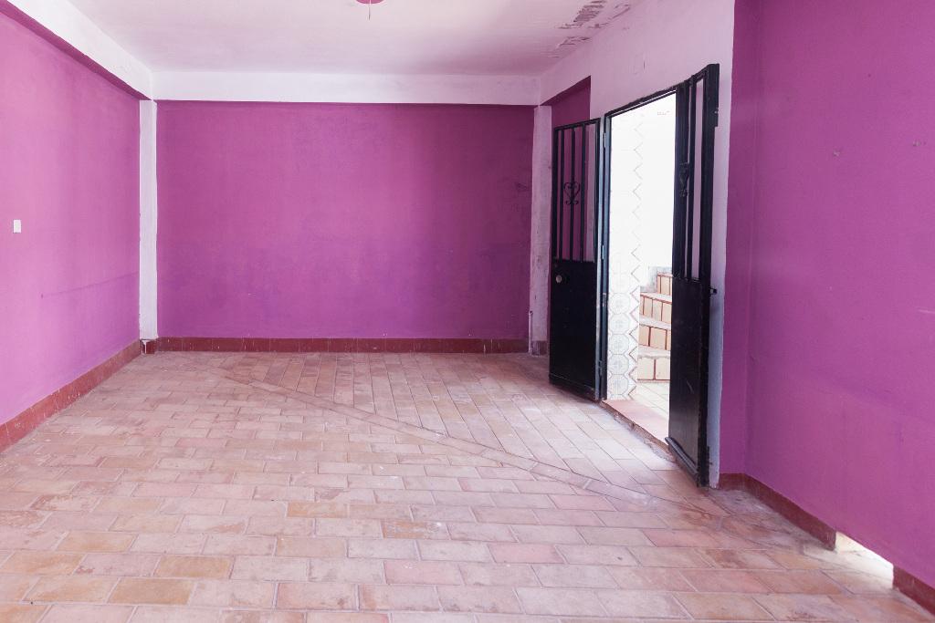 Casa en venta en Sevilla, Sevilla, Calle Armiño, 135.000 €, 5 habitaciones, 3 baños, 221 m2