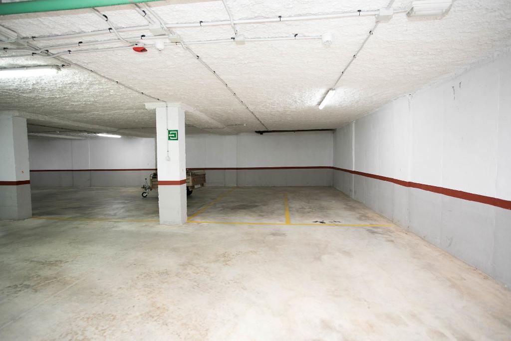 Parking en venta en Parking en L` Alcúdia, Valencia, 3.000 €, 37 m2