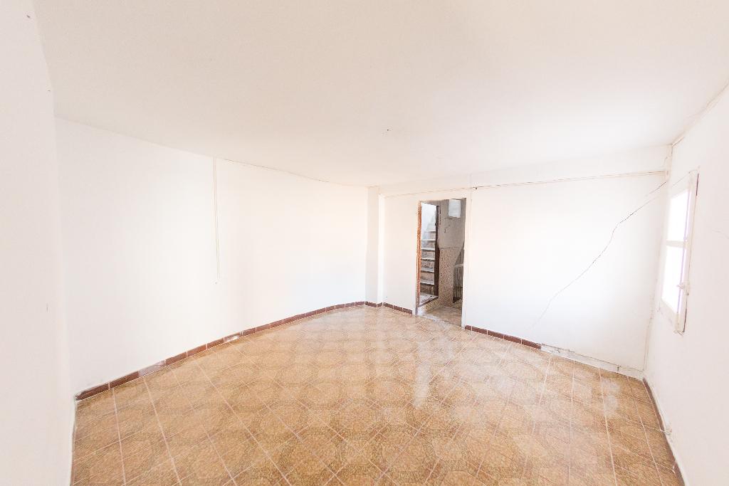 Casa en venta en Arnedo, La Rioja, Calle San Antonio, 11.000 €, 3 habitaciones, 1 baño, 225 m2