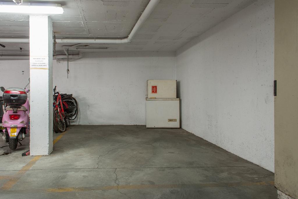 Parking en venta en Parking en la Línea de la Concepción, Cádiz, 4.300 €, 28 m2