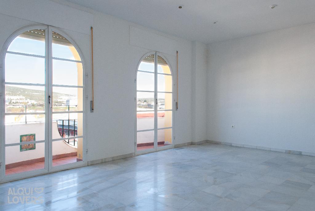 Piso en venta en Bockum, Lucena, Córdoba, Calle San Francisco, 82.500 €, 2 habitaciones, 101 m2