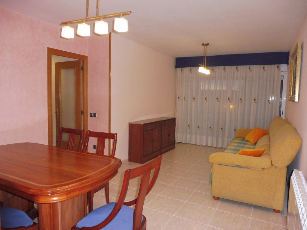 Piso en venta en Vilafranca del Penedès, Barcelona, Avenida Catalunya, 155.000 €, 3 habitaciones, 2 baños, 88 m2