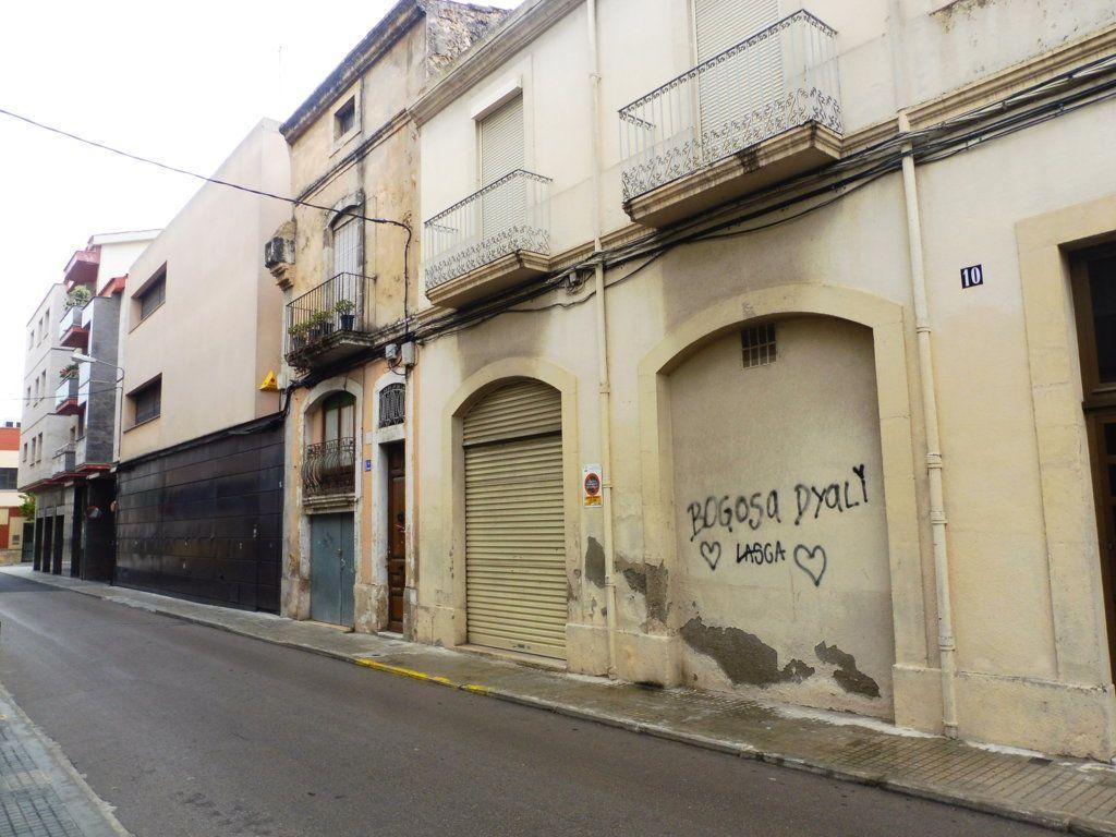 Casa en venta en Vilafranca del Penedès, Barcelona, Cal Bolet, 125.000 €, 4 habitaciones, 2 baños, 320 m2