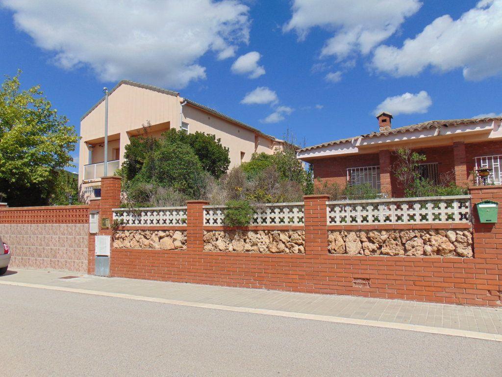 Casa en venta en Torrelles de Foix, Barcelona, Calle Olivera, 175.000 €, 5 habitaciones, 3 baños, 321 m2