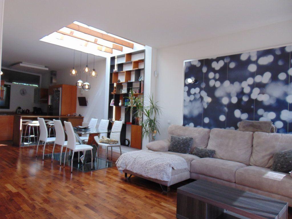 Casa en venta en Sant Cugat Sesgarrigues, Barcelona, Calle Pallisses, 360.000 €, 4 habitaciones, 3 baños, 258 m2