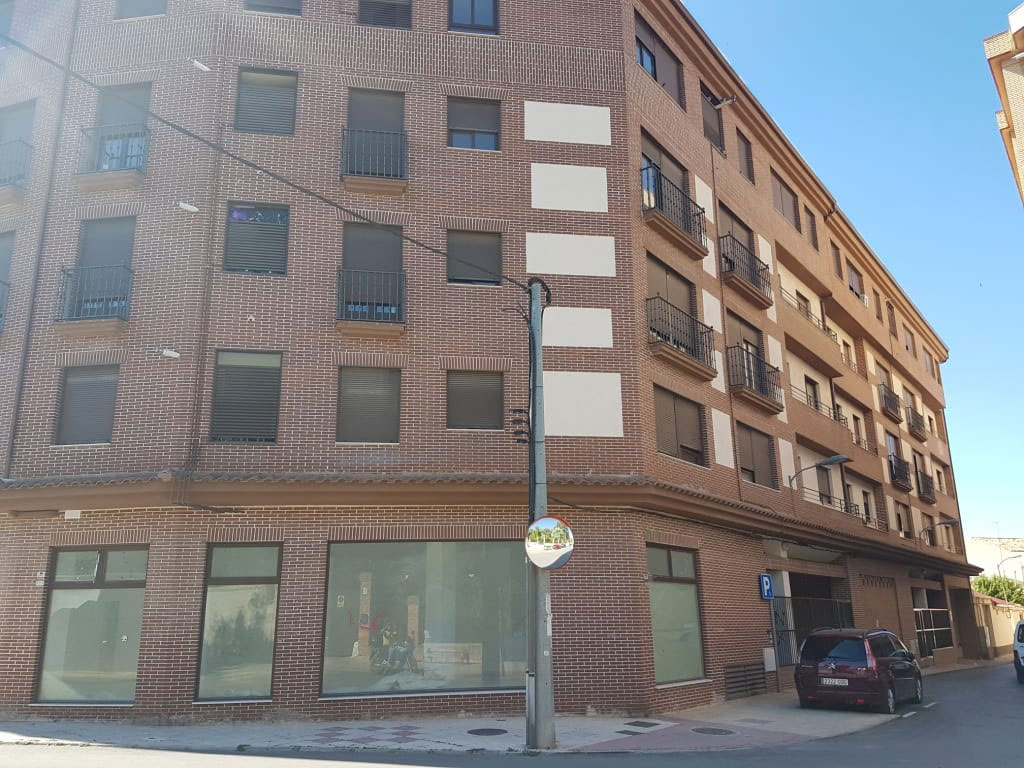 Local en venta en Tarancón, Cuenca, Calle General Emilio Villaescusa, 60.000 €, 138 m2