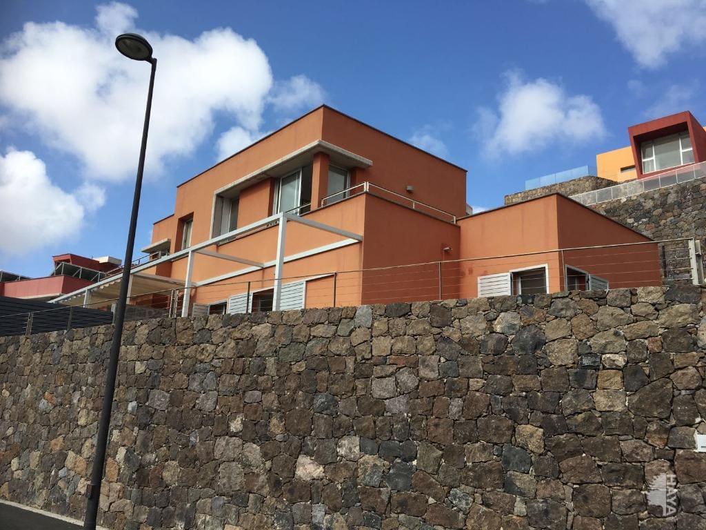 Casa en venta en El Llanillo, San Bartolomé de Tirajana, Las Palmas, Calle Green, 397.000 €, 2 habitaciones, 1 baño, 198 m2