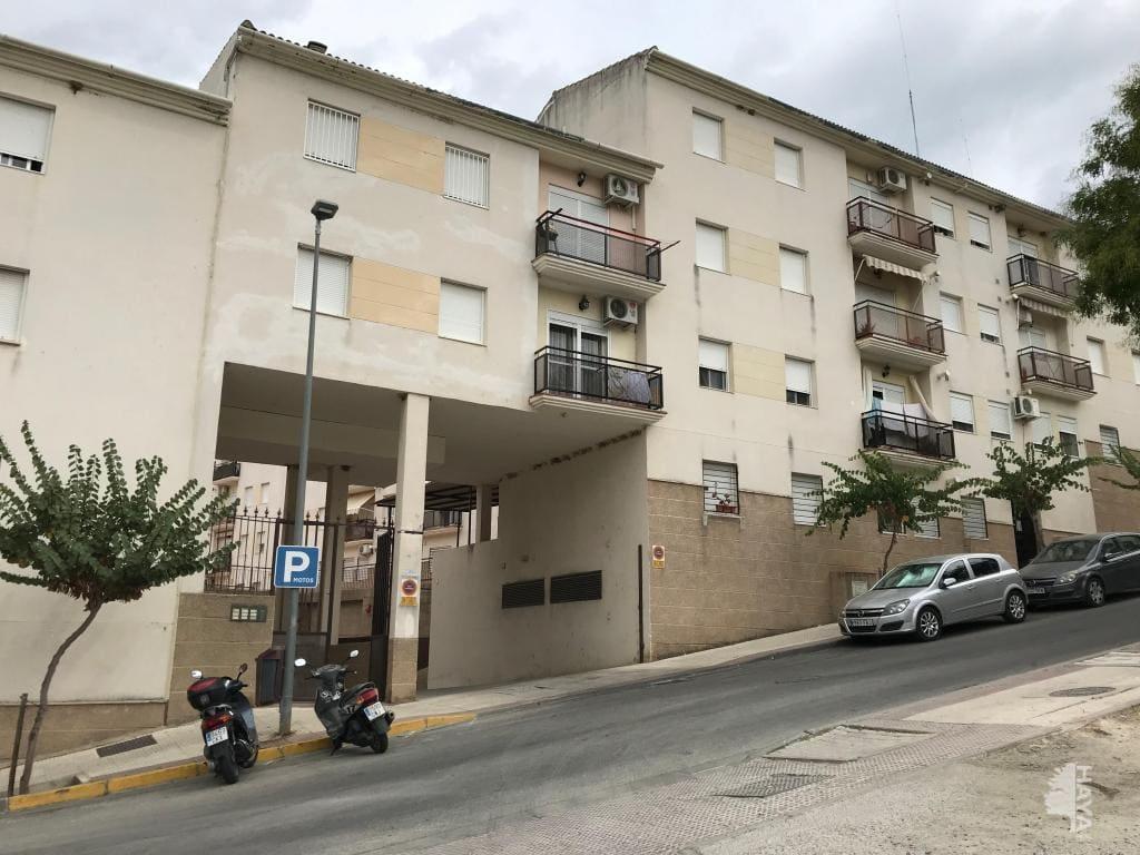 Piso en venta en Ubrique, Ubrique, Cádiz, Avenida Sierra de Ubrique, 81.700 €, 3 habitaciones, 1 baño, 102 m2