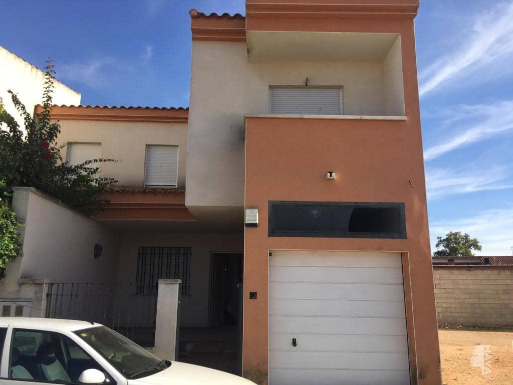 Casa en venta en Argamasilla de Alba, Argamasilla de Alba, Ciudad Real, Calle Carmen, 57.900 €, 3 habitaciones, 2 baños, 122 m2