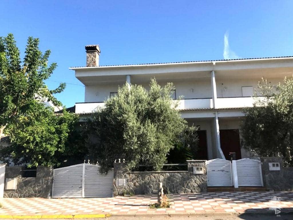 Casa en venta en Palau-solità I Plegamans, Palau-solità I Plegamans, Barcelona, Calle Industria (de La), 304.700 €, 4 habitaciones, 2 baños, 233 m2
