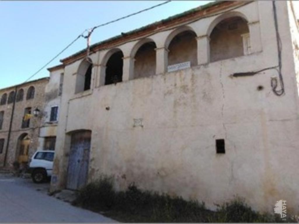 Casa en venta en Can Jaume Teixidor, Navata, Girona, Lugar Can Miro-c.miro, 154.700 €, 5 habitaciones, 2 baños, 454 m2