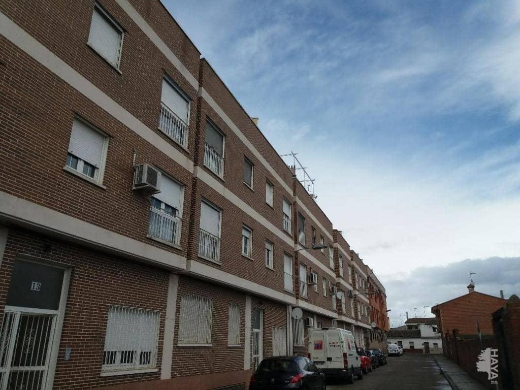 Piso en venta en Barrio de Patrocinio, Talavera de la Reina, Toledo, Calle San Gil, 60.900 €, 3 habitaciones, 2 baños, 92 m2