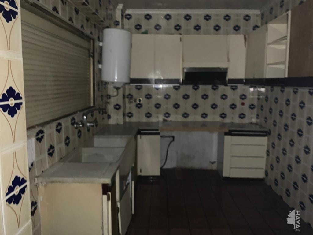 Piso en venta en Monte Vedat, Torrent, Valencia, Calle Germanies, 54.800 €, 3 habitaciones, 1 baño, 93 m2