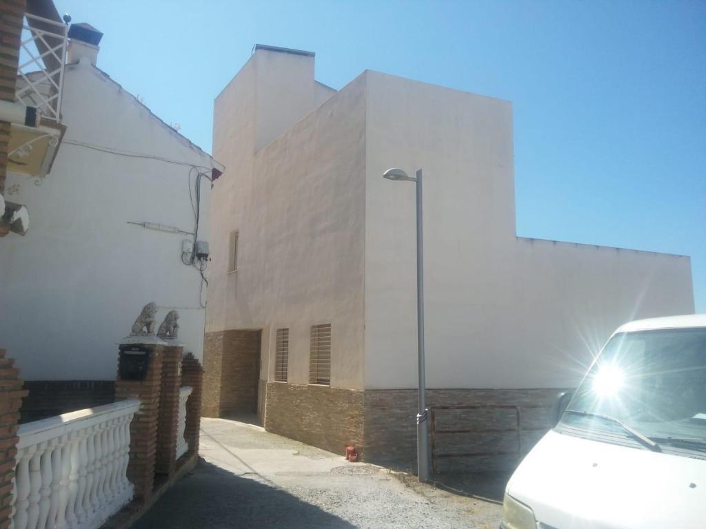 Piso en venta en Huétor Vega, Granada, Calle Pitas (de Las), 65.000 €, 3 habitaciones, 1 baño, 73 m2
