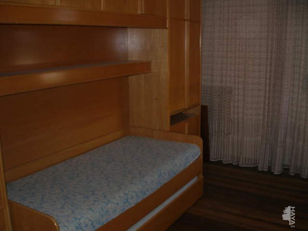 Piso en venta en Piso en Santo Domingo de la Calzada, La Rioja, 79.000 €, 3 habitaciones, 2 baños, 124 m2