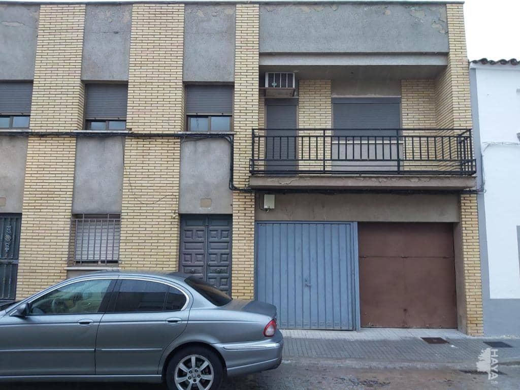 Piso en venta en Trujillanos, Badajoz, Calle Juan Carlos I, 80.000 €, 3 habitaciones, 1 baño, 178 m2
