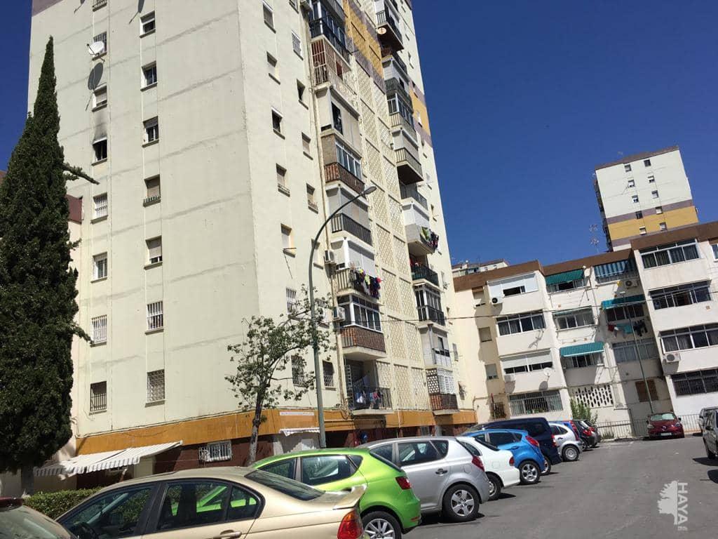 Piso en venta en Málaga, Málaga, Calle Guadalbullon, 49.700 €, 3 habitaciones, 1 baño, 84 m2
