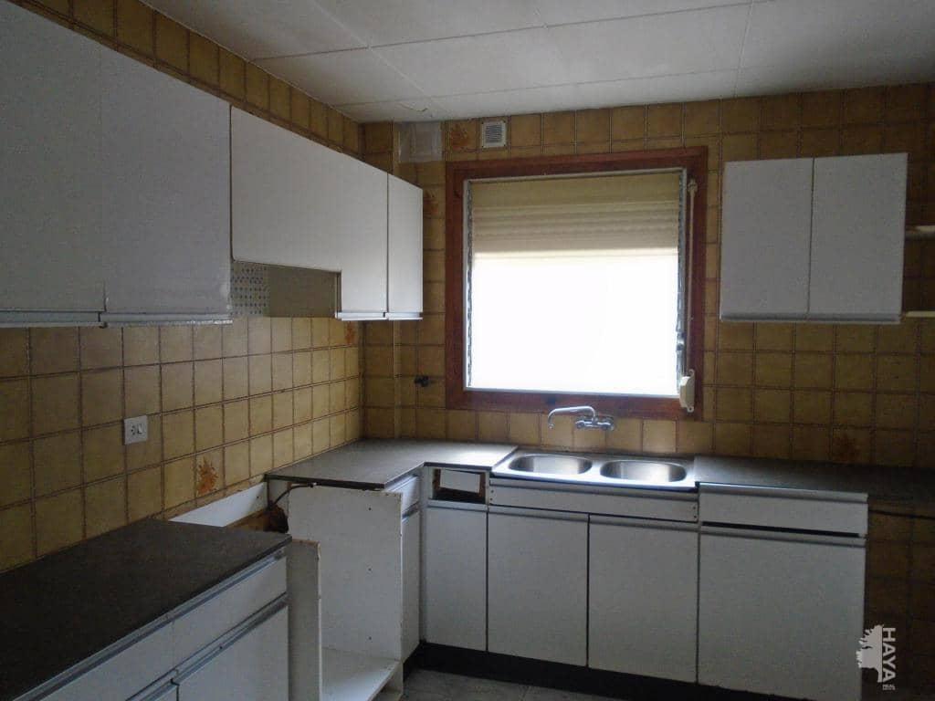 Piso en venta en Arbúcies, Girona, Calle Loreto Mataro, 74.800 €, 3 habitaciones, 1 baño, 81 m2