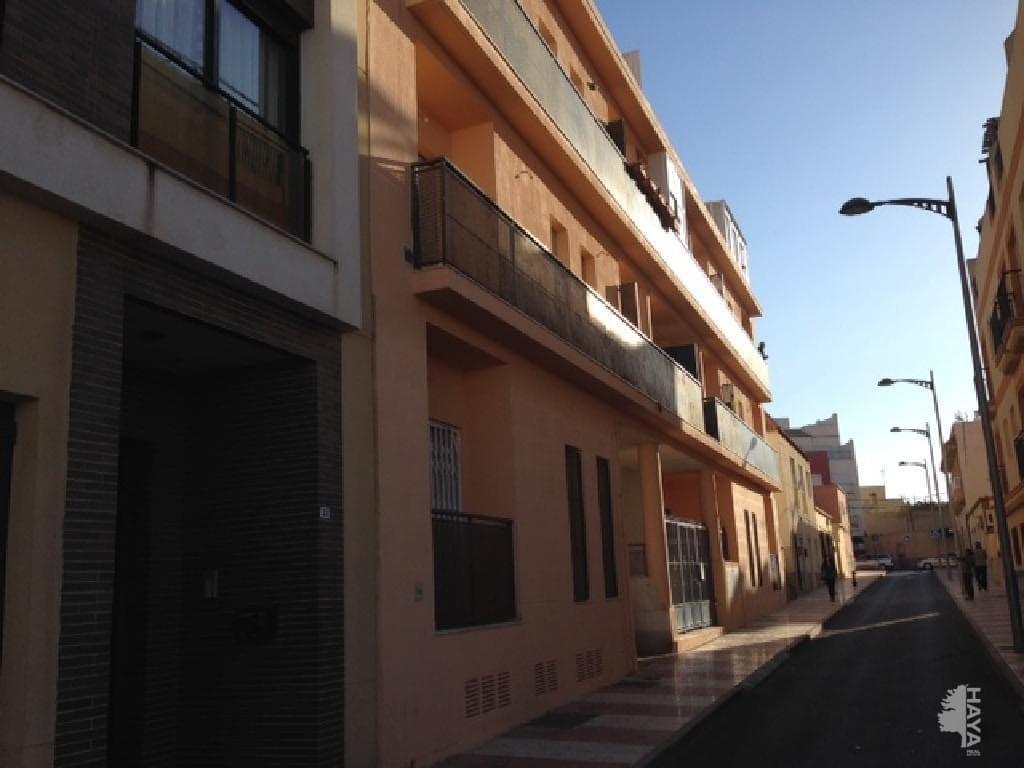 Piso en venta en Piso en Roquetas de Mar, Almería, 59.900 €, 2 habitaciones, 1 baño, 84 m2