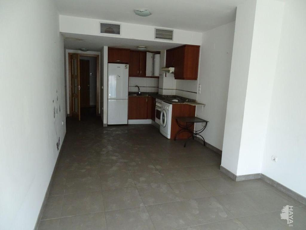 Piso en venta en Piso en Sant Carles de la Ràpita, Tarragona, 82.900 €, 2 habitaciones, 1 baño, 67 m2