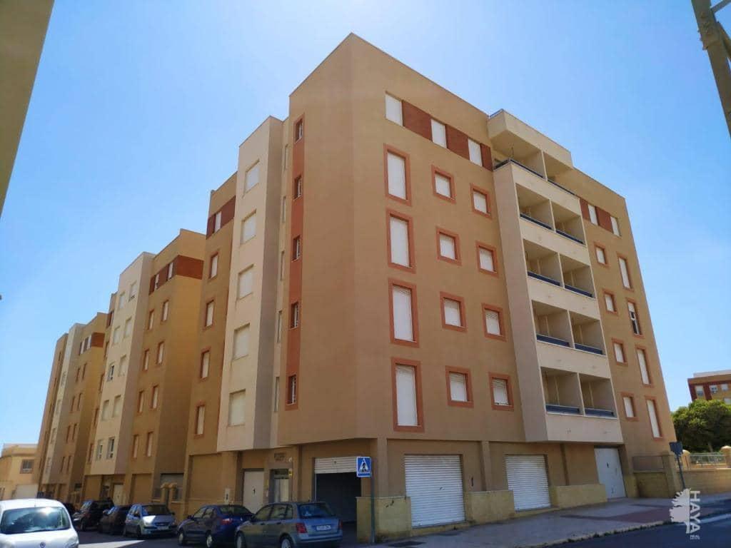 Piso en venta en La Puebla de Vícar, Vícar, Almería, Calle Canjayar, 60.000 €, 2 habitaciones, 2 baños, 72 m2