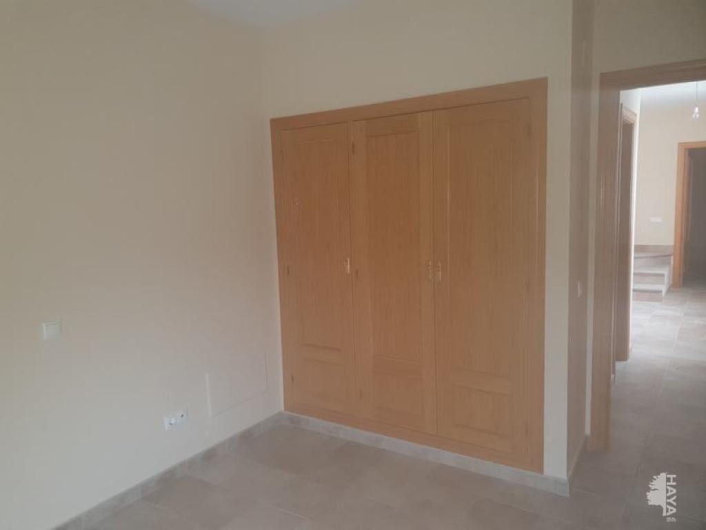 Casa en venta en Casa en la Herencias, Toledo, 91.800 €, 4 habitaciones, 2 baños, 166 m2