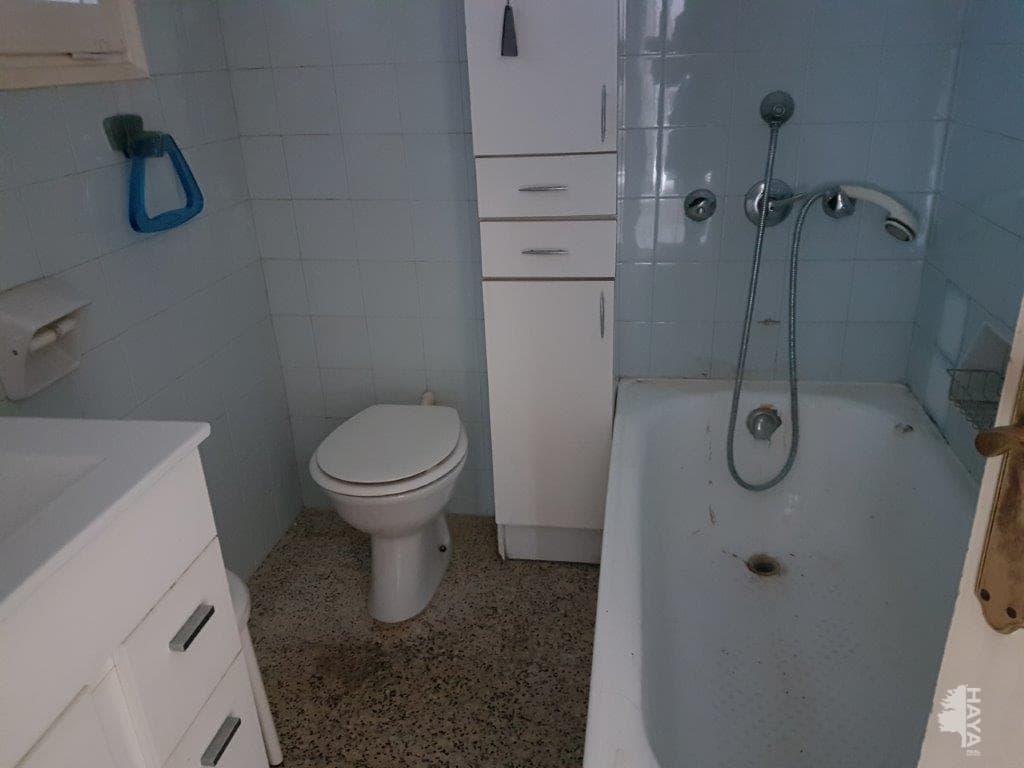 Piso en venta en Piso en Olot, Girona, 74.500 €, 1 habitación, 1 baño, 94 m2