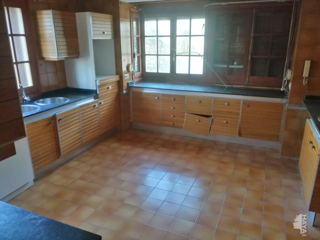 Casa en venta en Casa en Chiva, Valencia, 341.800 €, 5 habitaciones, 4 baños, 350 m2
