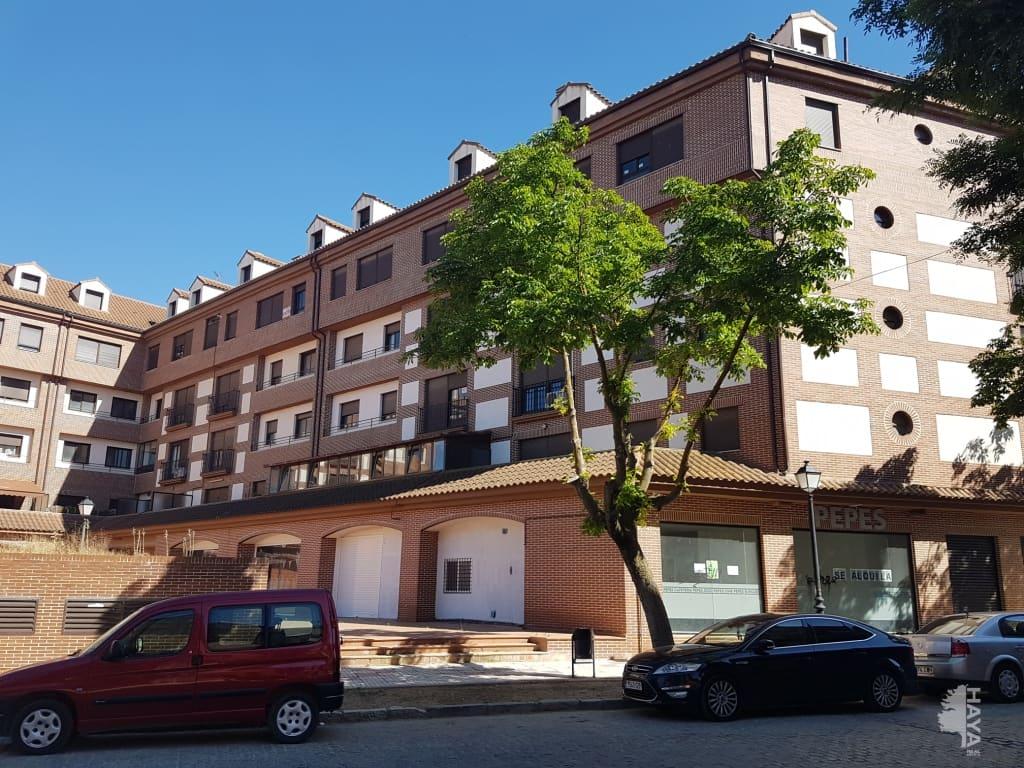 Piso en venta en Tarancón, Cuenca, Calle General Emilio Villaescusa, 69.000 €, 3 habitaciones, 2 baños, 103 m2