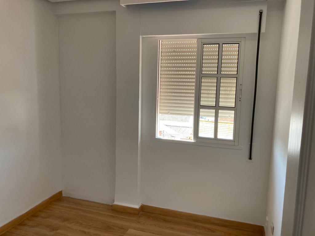Piso en venta en Piso en Cártama, Málaga, 118.000 €, 3 habitaciones, 1 baño, 82 m2