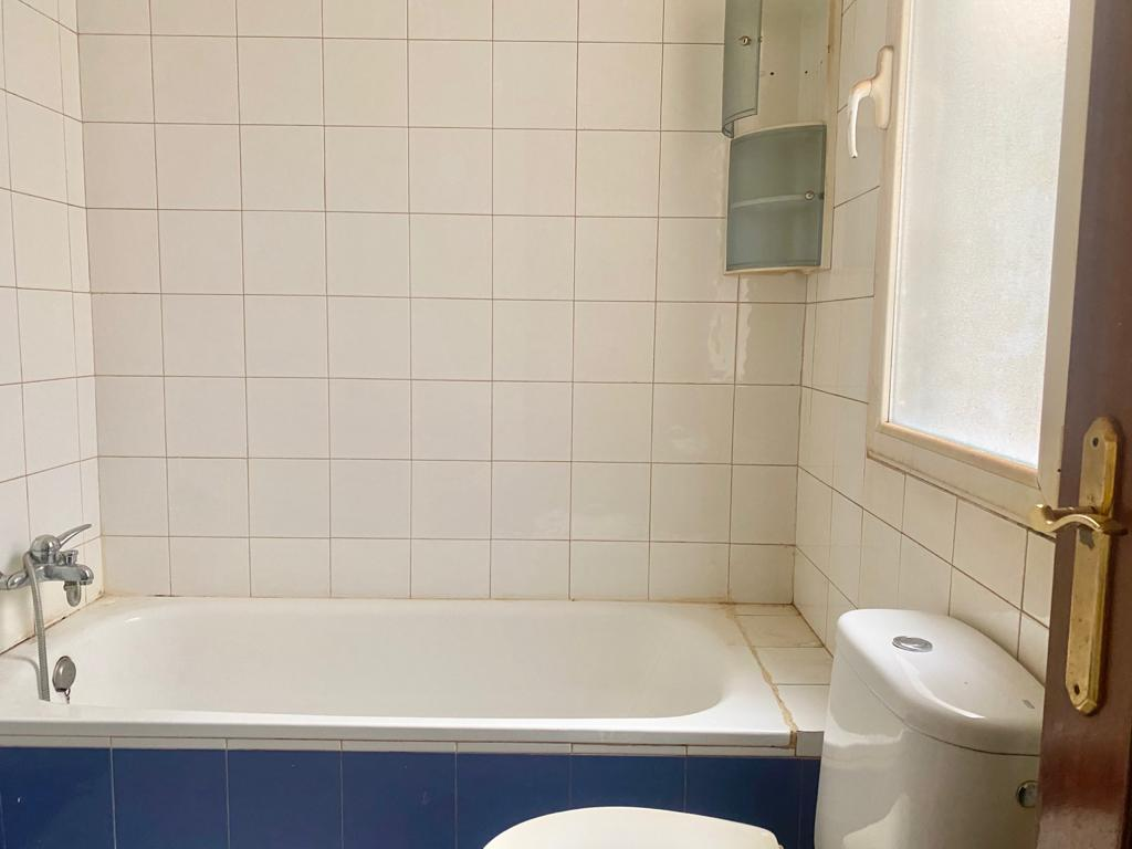 Piso en venta en Piso en Miranda de Ebro, Burgos, 73.000 €, 3 habitaciones, 2 baños, 88 m2
