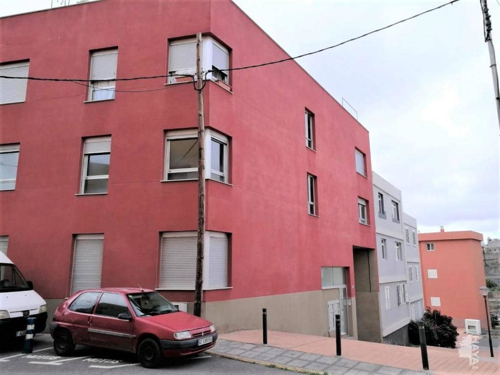 Piso en venta en Cardones, Arucas, Las Palmas, Calle Hermanas Manrique, 68.000 €, 2 habitaciones, 1 baño, 79 m2