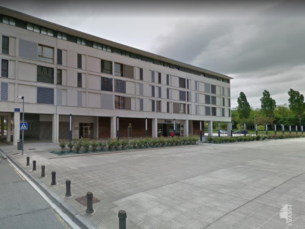 Piso en venta en Berriozar, Navarra, Plaza Donantes de Navarra, 127.000 €, 2 habitaciones, 1 baño, 64 m2